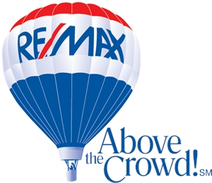 Remax above the crowd Logo Vector